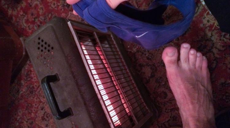Warming and drying up before leaving Jagodina. - - - - - Melegedünk, szárítkozunk indulás előtt.