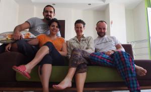 Saeid and Mayam were our first CouchSurfing hosts in Iran. They welcomed us into their beautiful Teheran home and we not only got a very comfortable place and nice people to stay with, but also our first home-made fesenjan (Sofia's favourite Iranian dish). :) - - - - - Saeid and Maryam voltaik az első iron CS vendéglátóink. Gyönyörű otthonukban kényelmes helyünk volt, amigo a vízumainkat intéztük, s náluk megkóstolhattuk az első hi fesenjanunkat is (Zsófi kedvenc iráni étele).